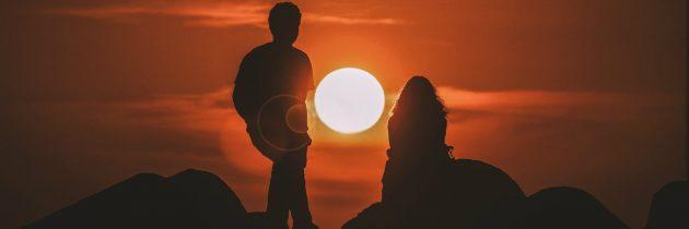 जेव्हा प्रीती हे युध्द असते                                                                         लेखक : ग्रेग मोर्स